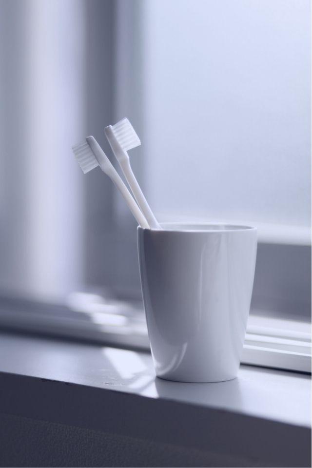 Zahnbürsten - Zahnpflege